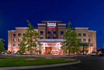 Fairfield Inn & Suites Louisville Exterior