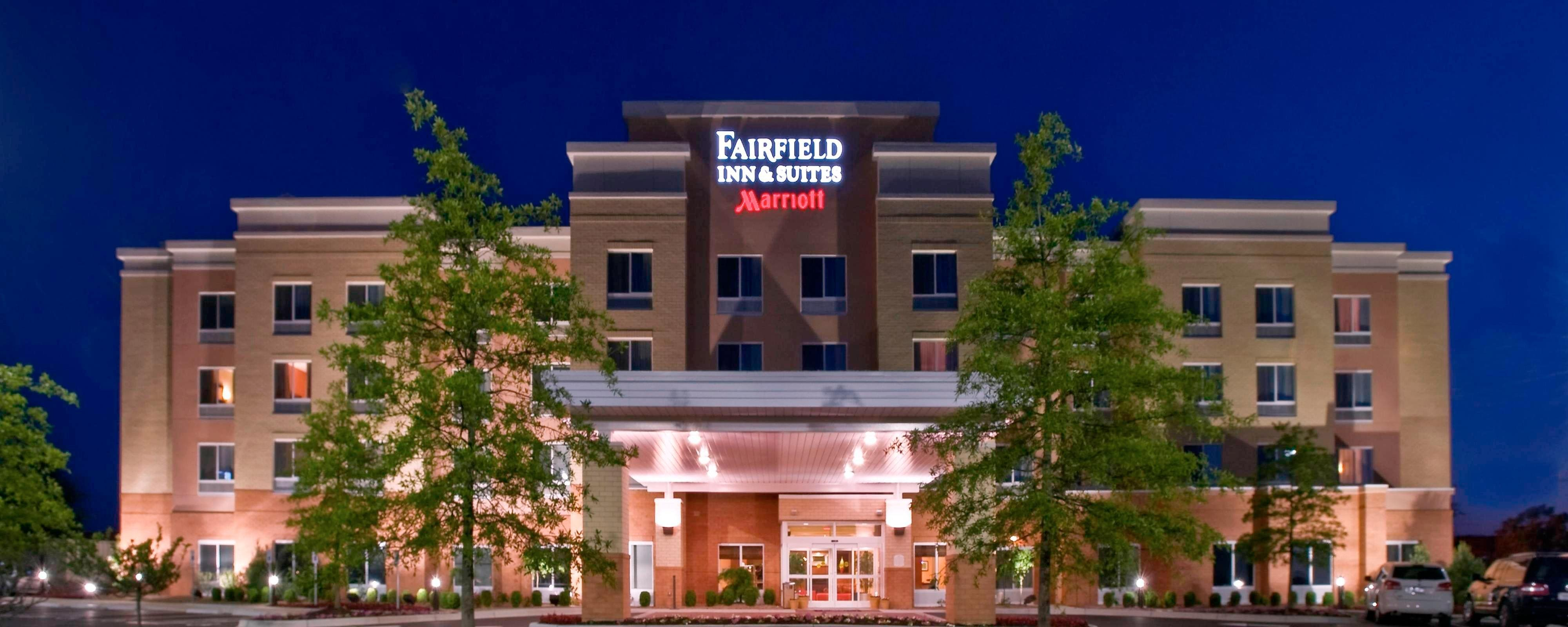 Exterior del Fairfield Inn & Suites Louisville