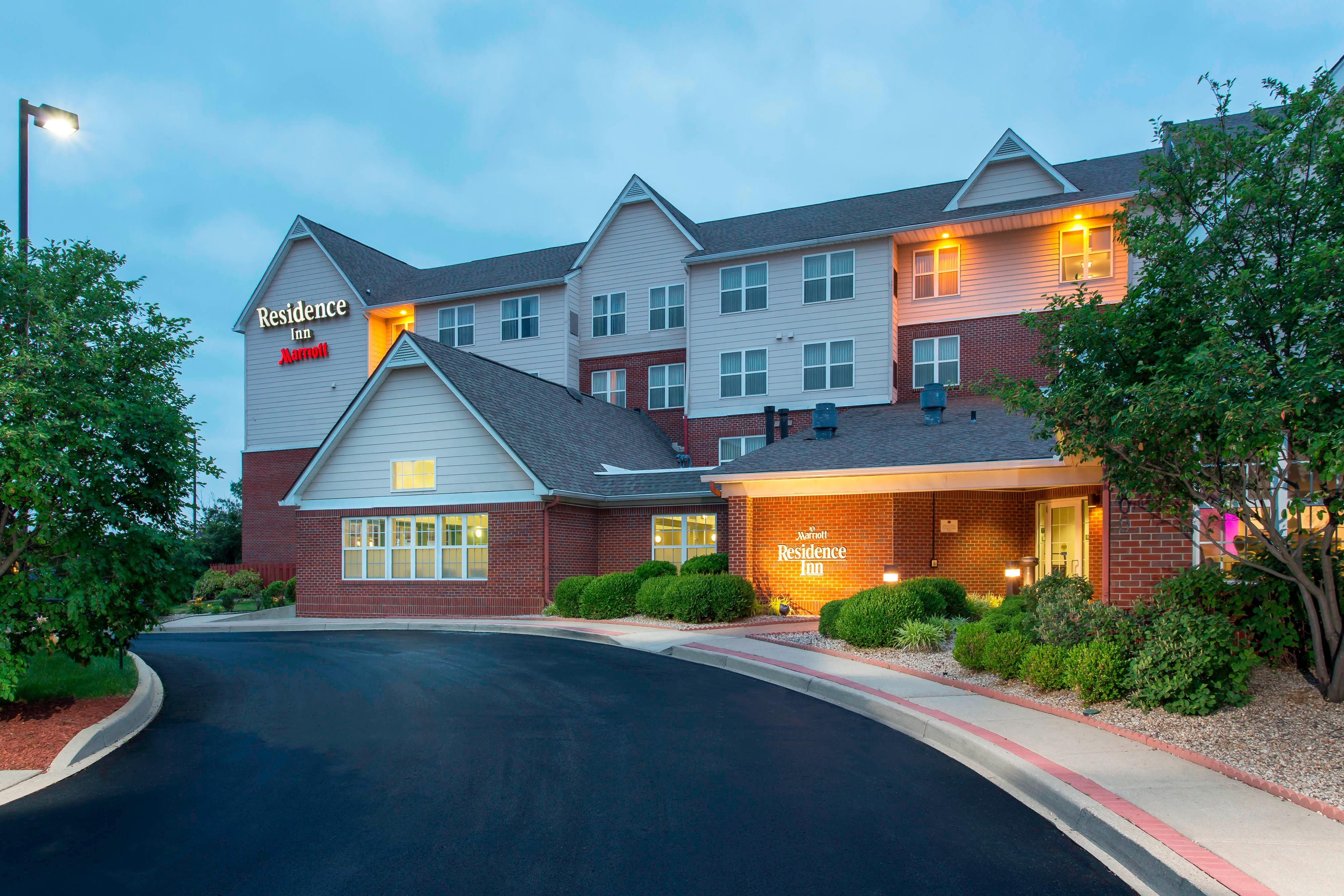 Northeast Louisville Hotel
