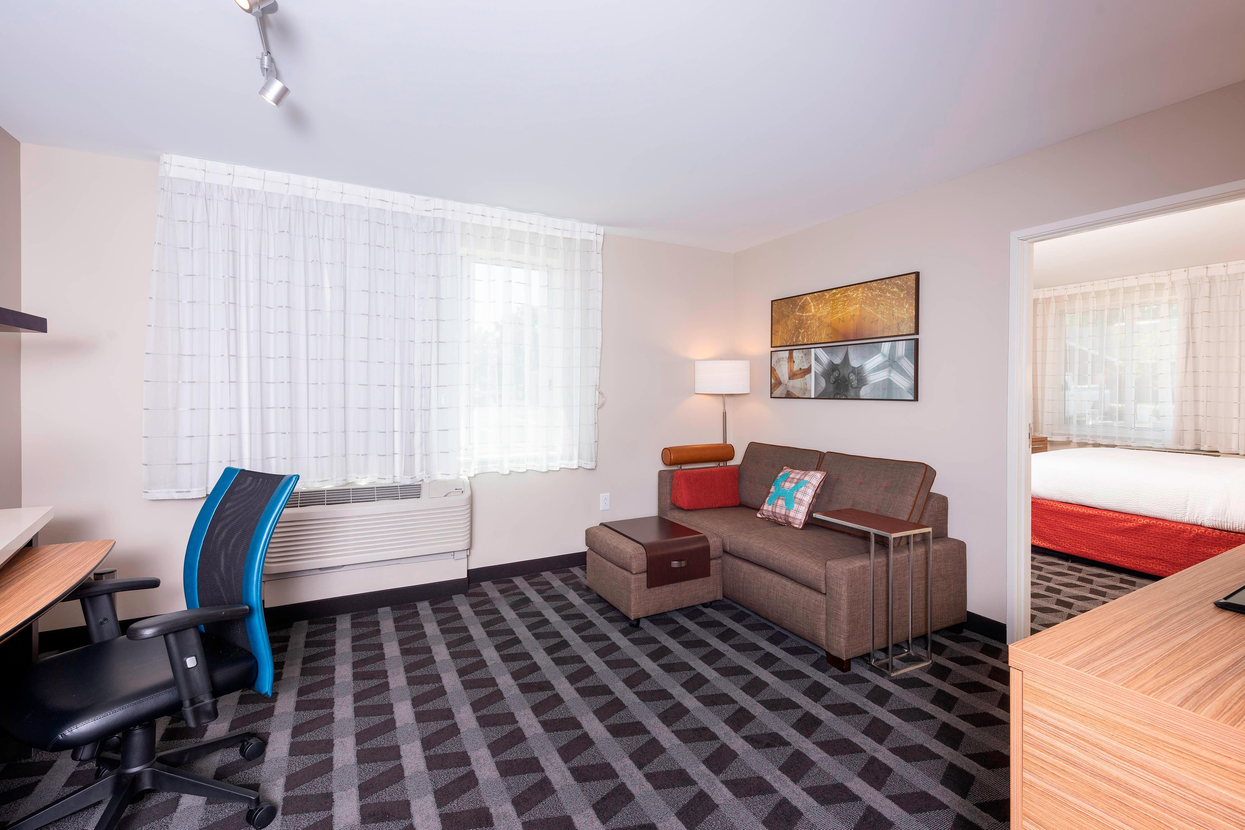 Suites And Hotel Rooms Near Louisville Ky Towneplace Suites Louisville North