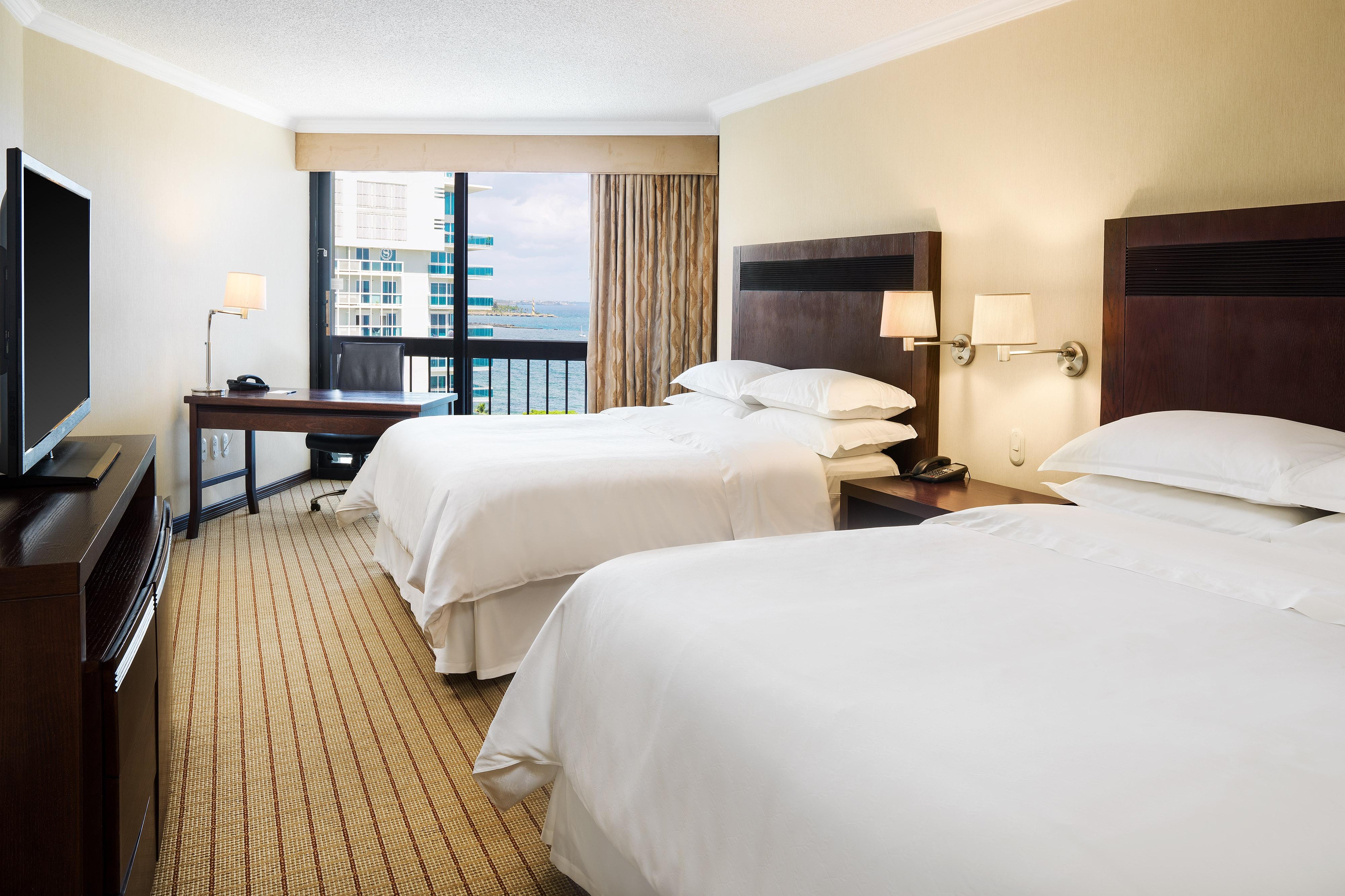 Queen/Queen Standard Guest Room