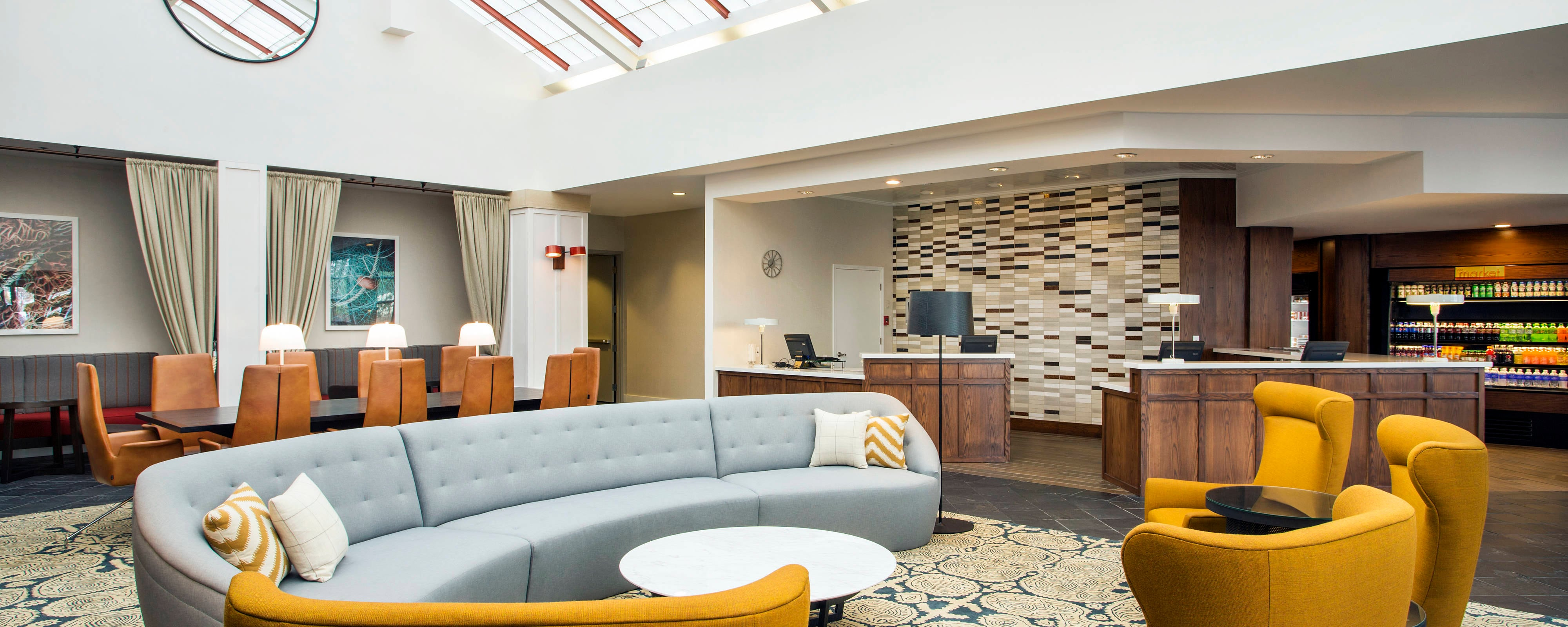 Lobby des Lake Union Hotels in Seattle