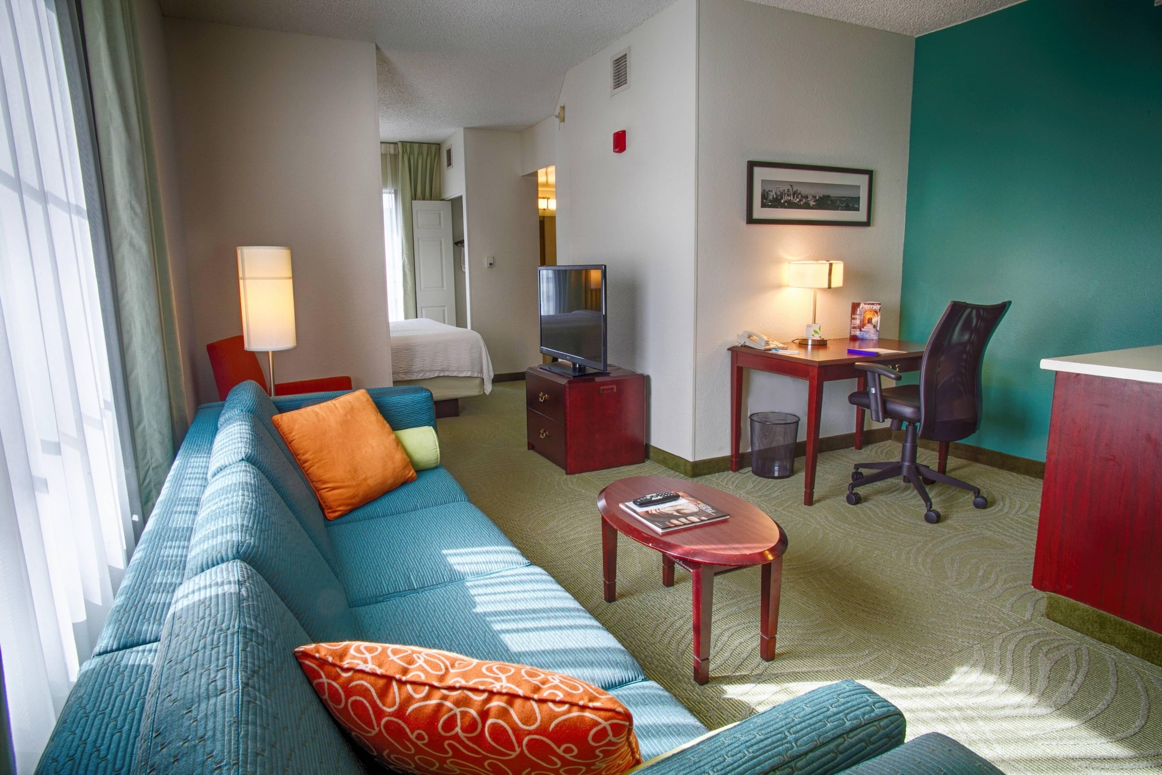 Corner King Suite