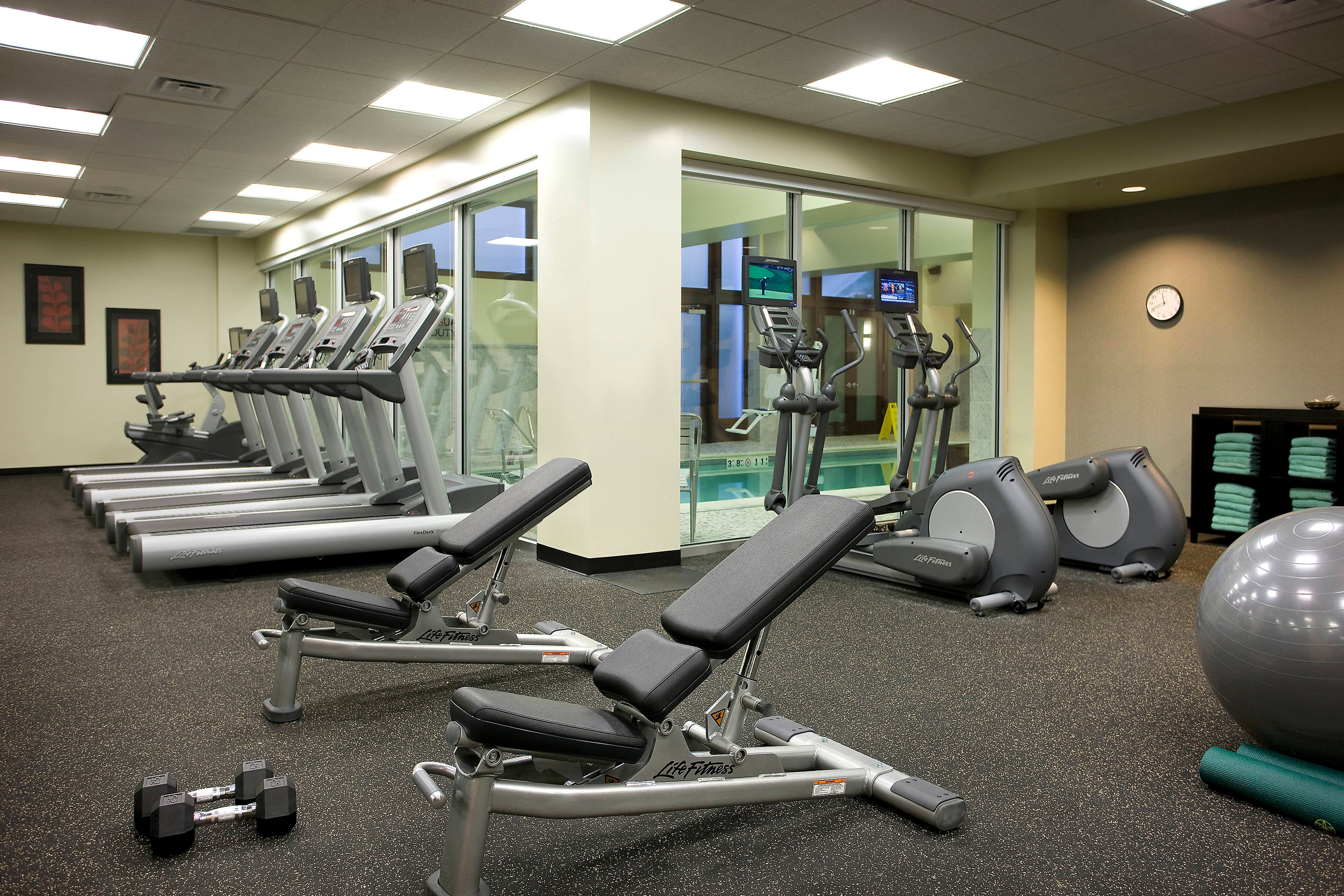 Seattle hotel fitness center