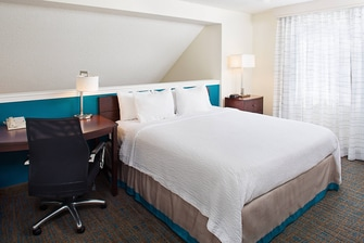 Penthouse Suite - Loft Bedroom