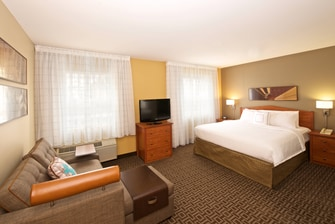 King Studio Suite TownePlace Suites Seattle Everett
