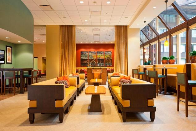 Aquaterra Lounge