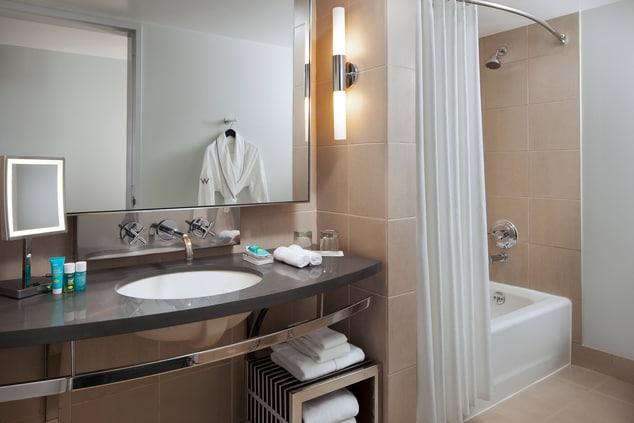 Spectacular And Fabulous Bathroom
