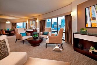 Crown Suite - Living Room