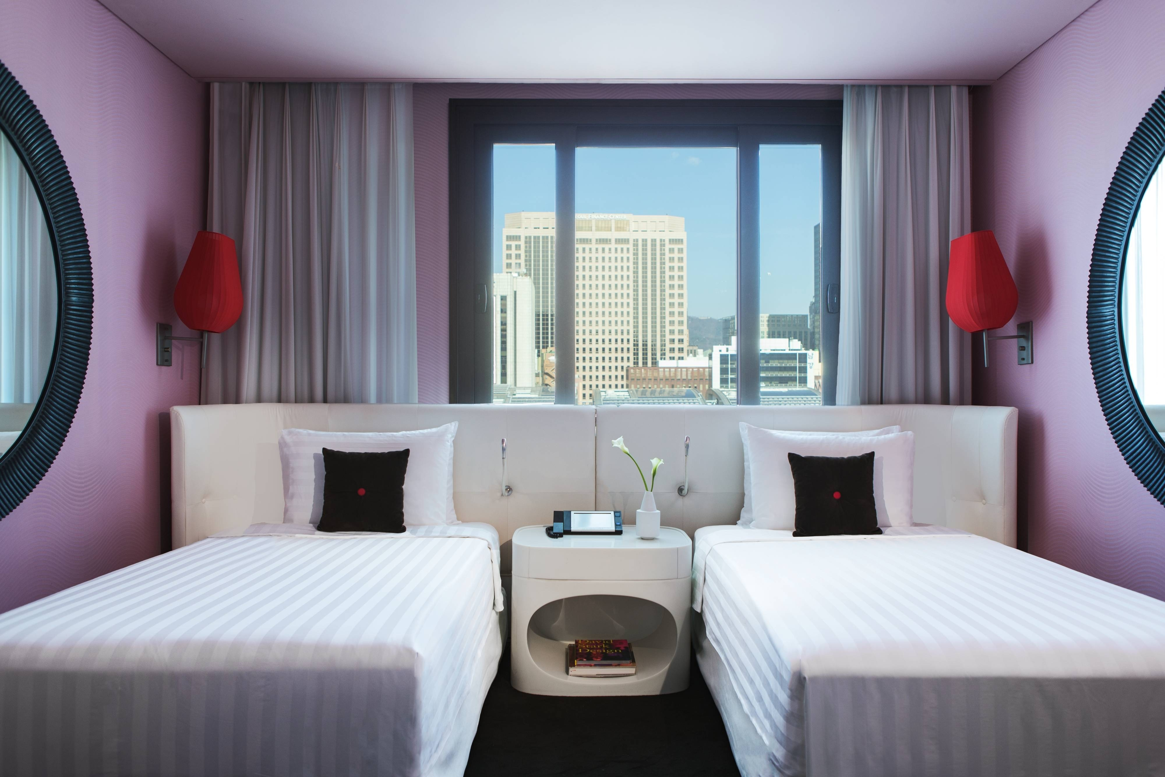 Deluxe Twin, Twin beds, Deluxe, City View
