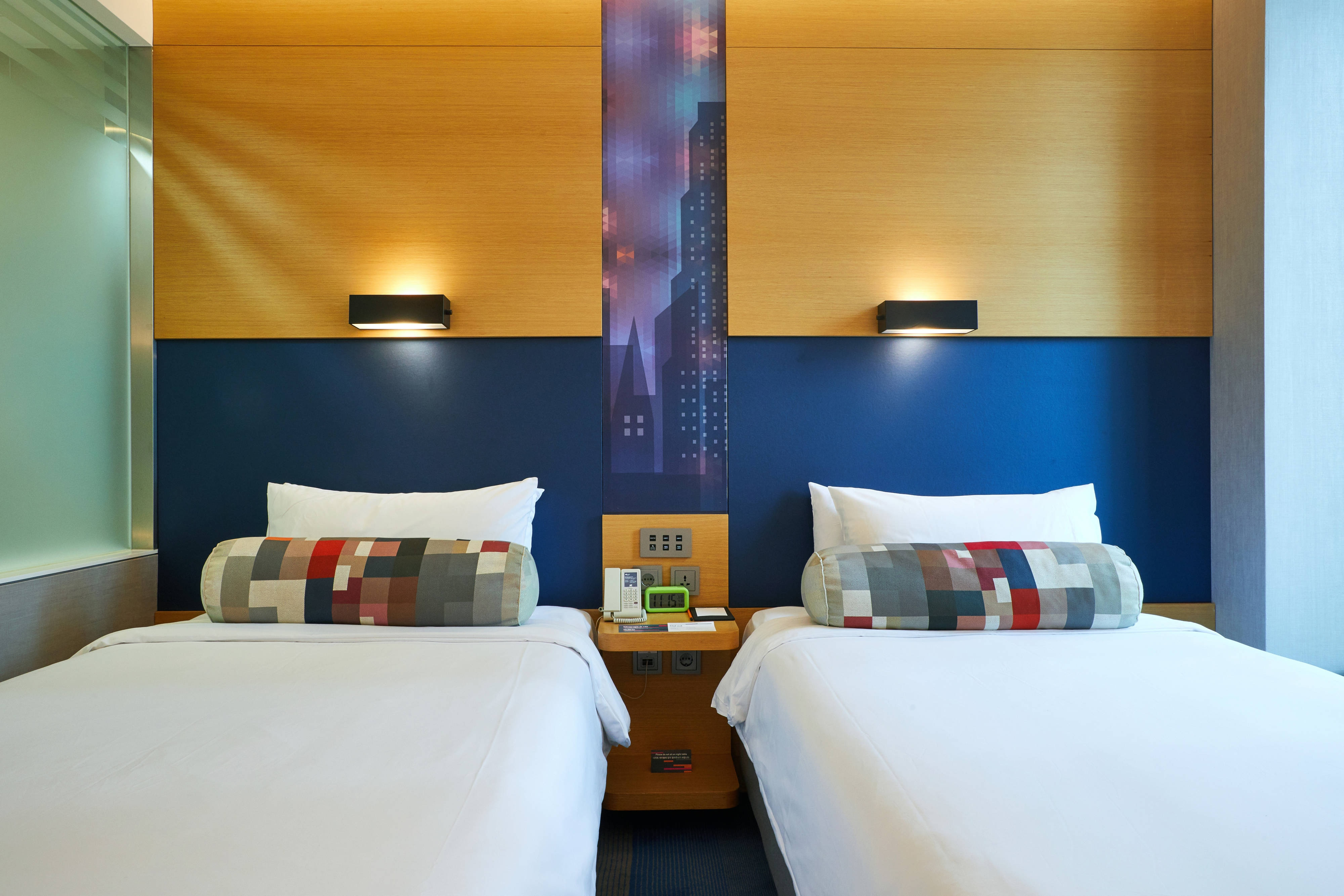 Twin Twin Guest Room