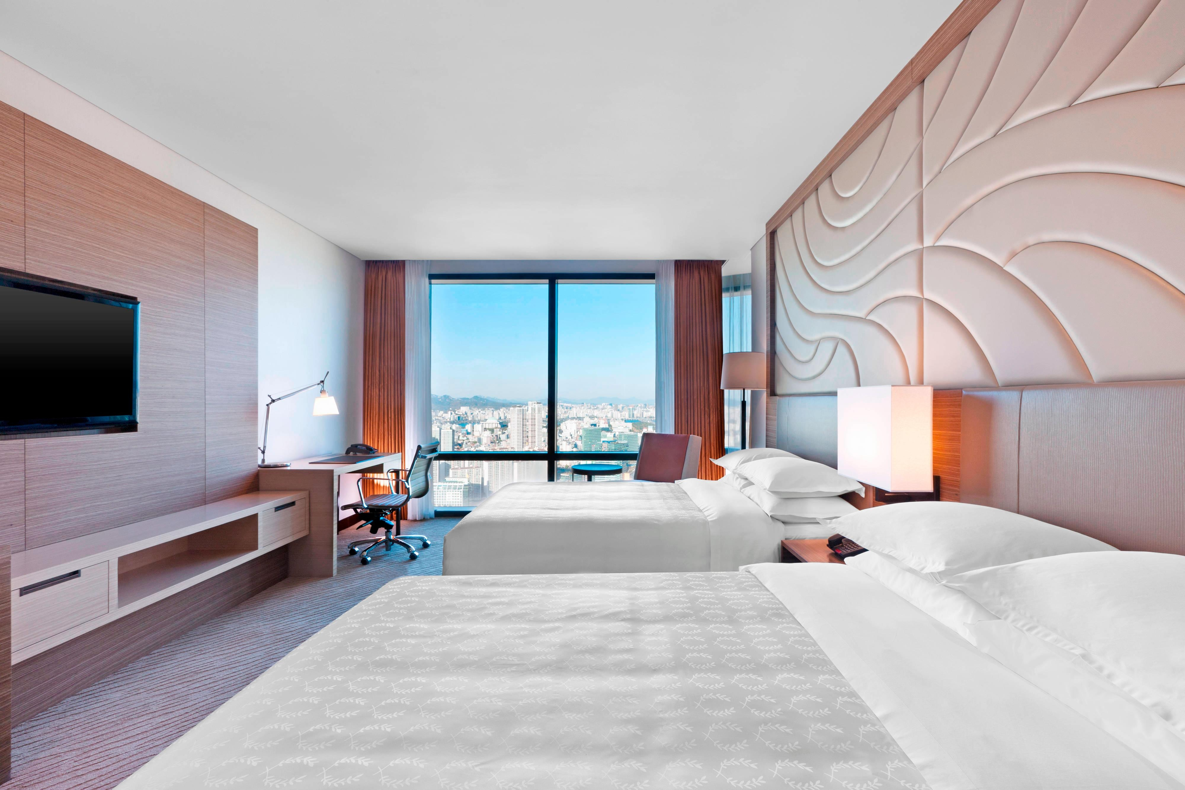 Deluxe/Club Double Guest Room