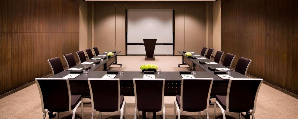 Rent Hub and in Main room Barcelona   Spacebase  Luxury Meeting Space