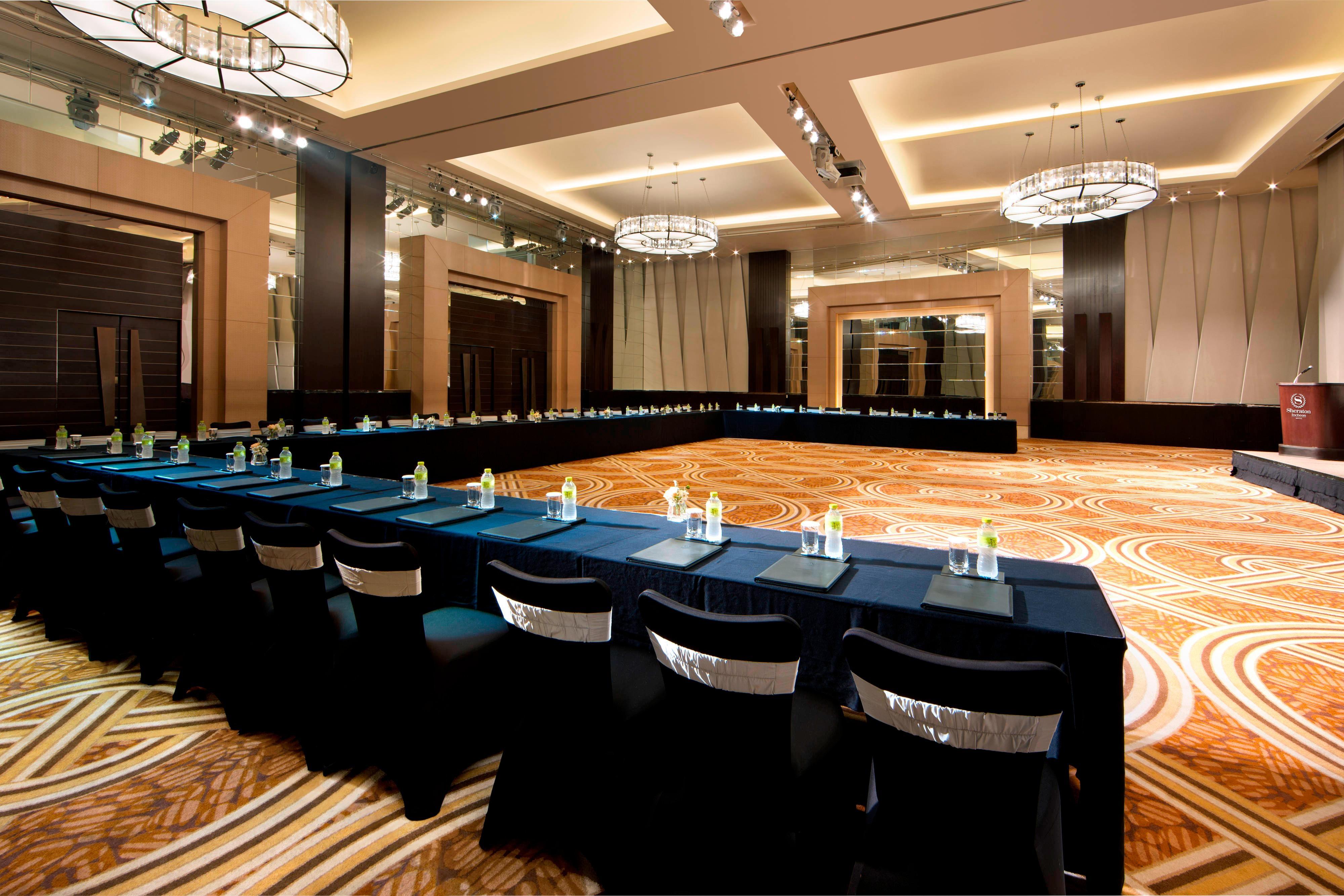 Grand Ballroom - U-Shape