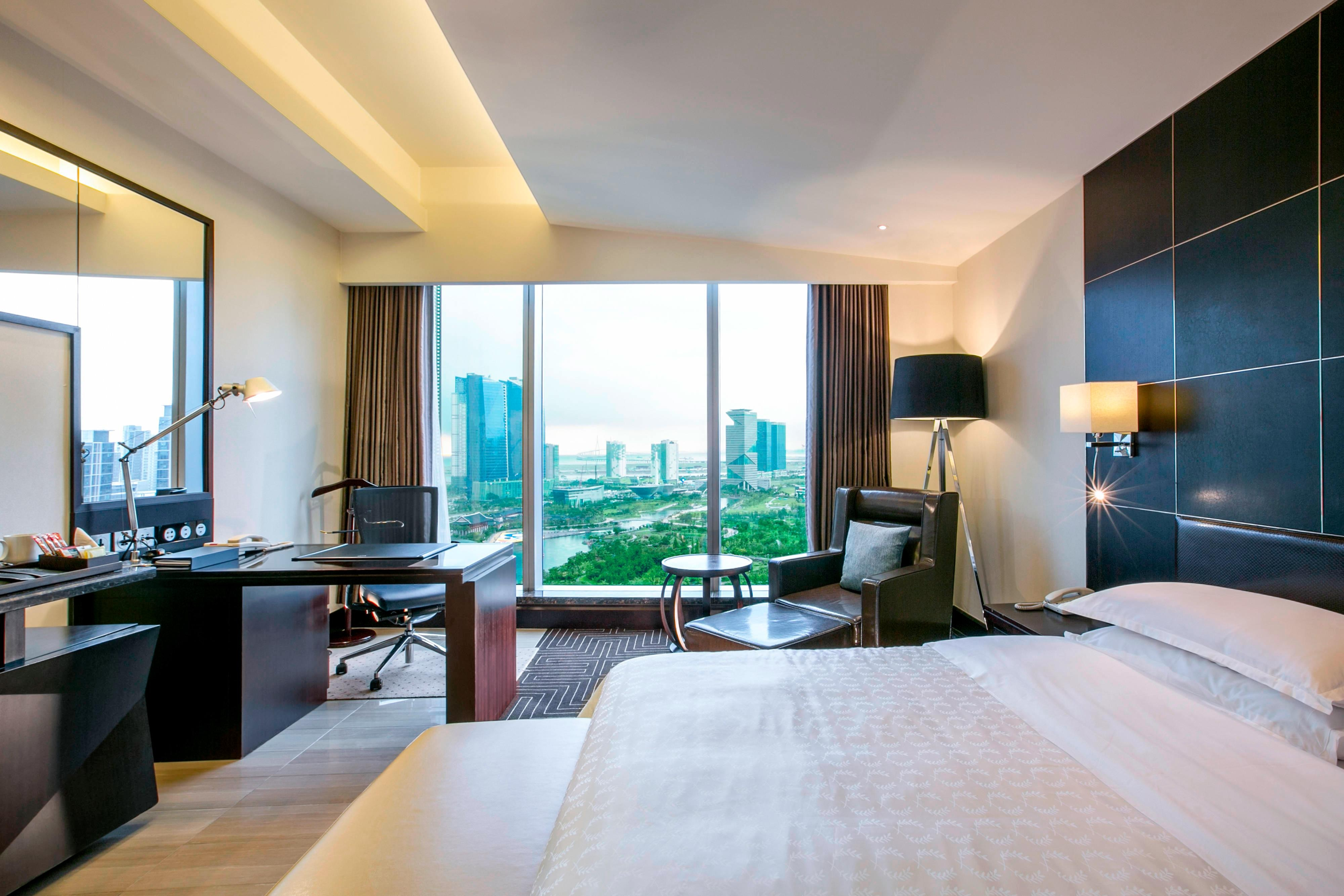 King Club Deluxe Park View Room