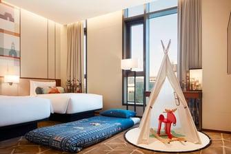 King Urban Guest Room Camp Aloft