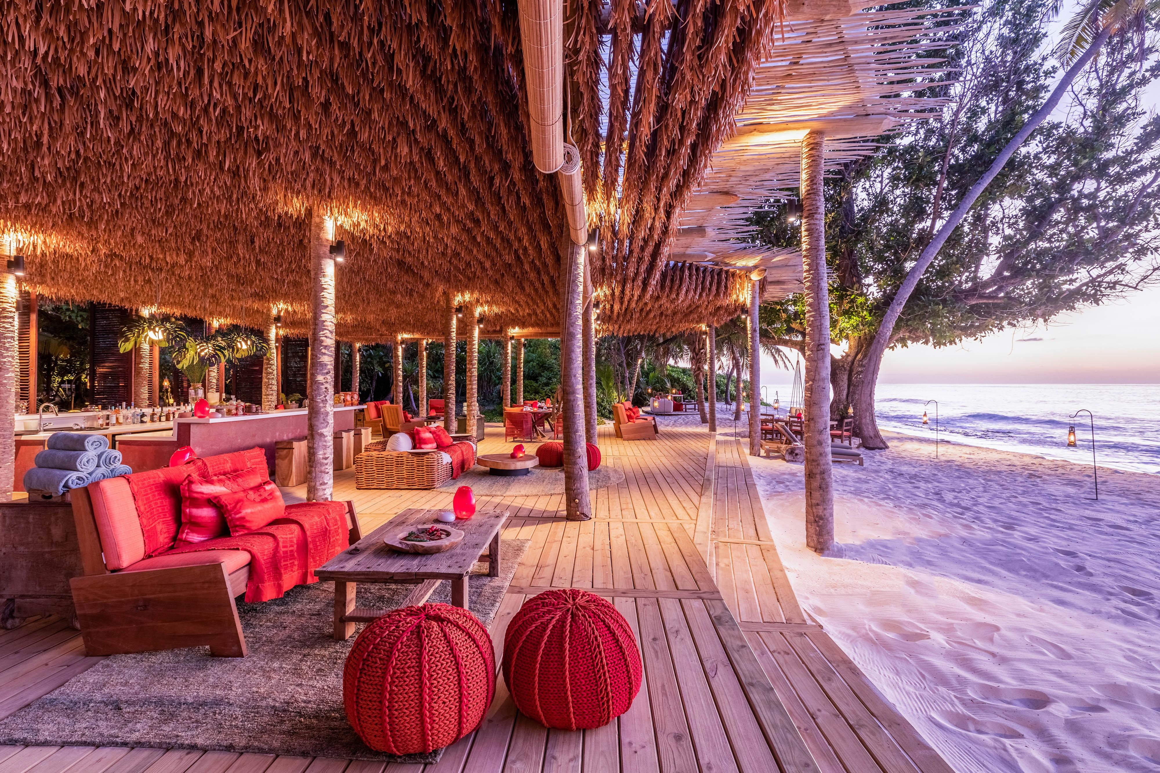 Sunset Beach - Bar