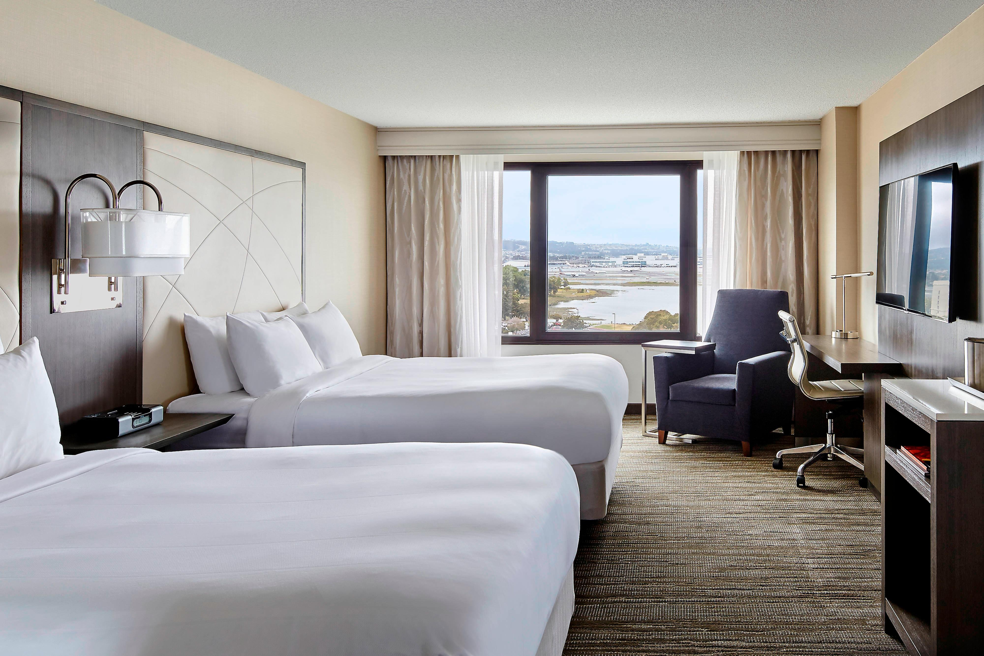 Sfo Airport Hotels San Francisco Airport Marriott Waterfront
