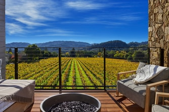 Deluxe King Vineyard View Deck