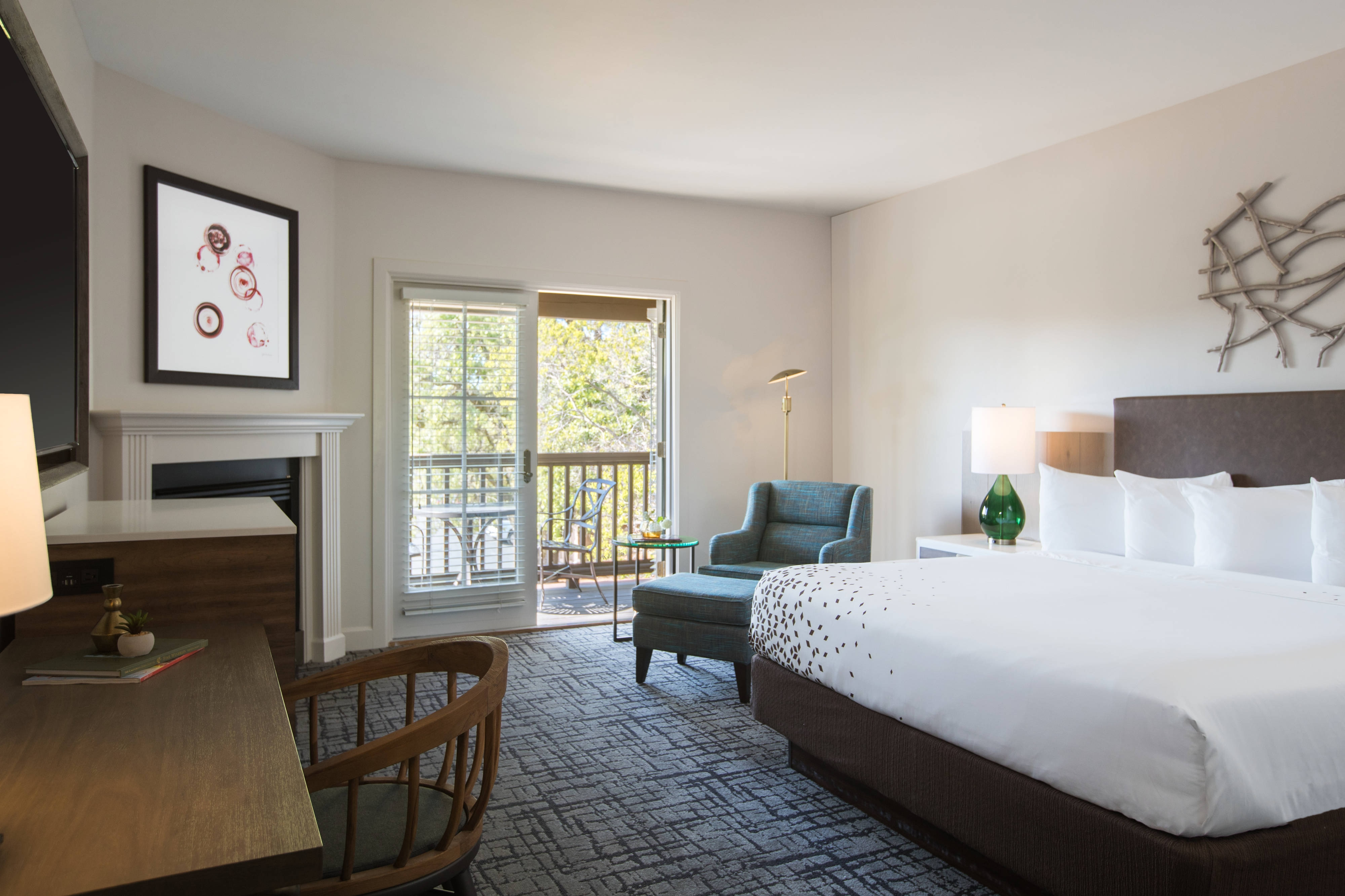 luxury hotel downtown sonoma the lodge at sonoma. Black Bedroom Furniture Sets. Home Design Ideas