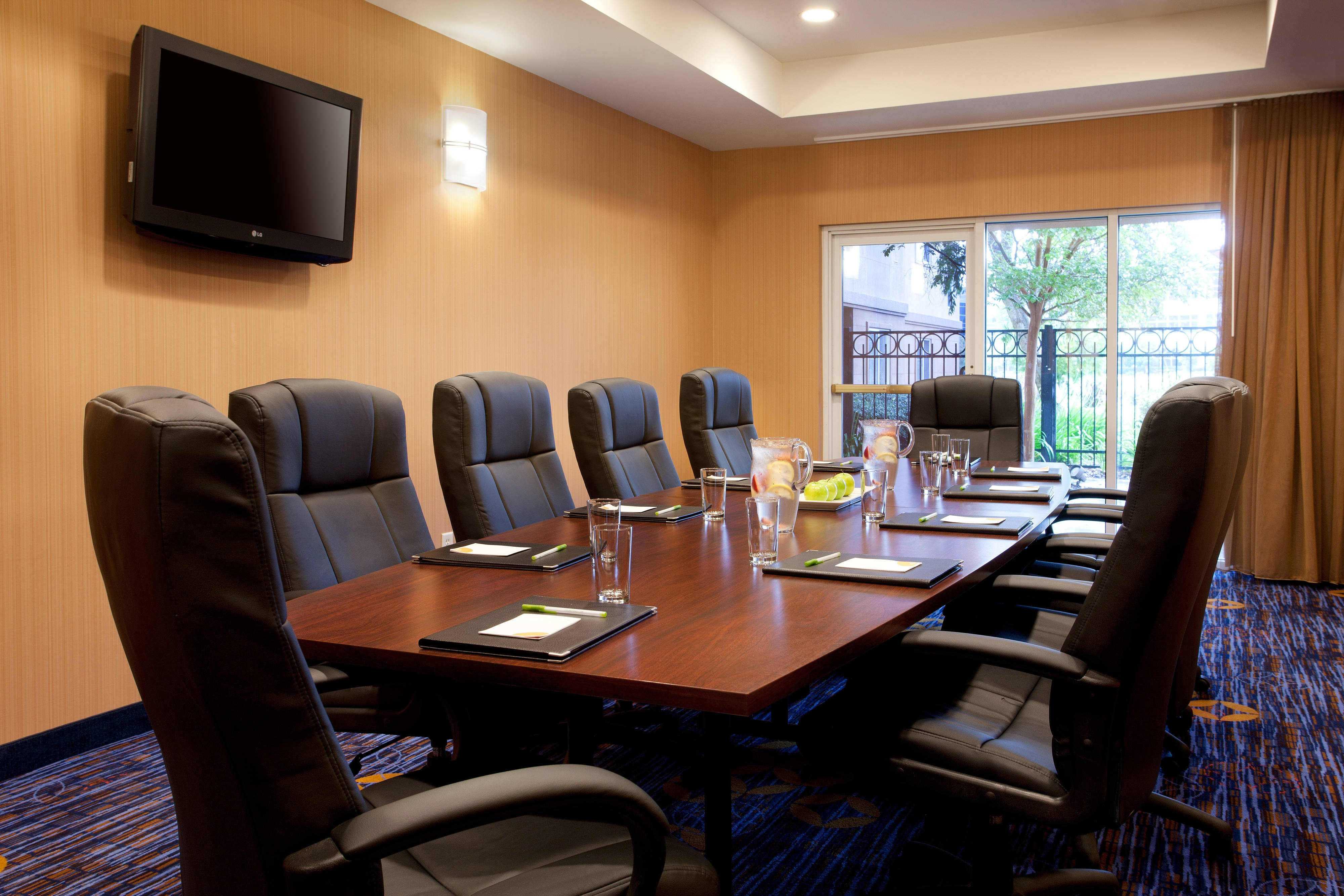 Sierra Point Boardroom