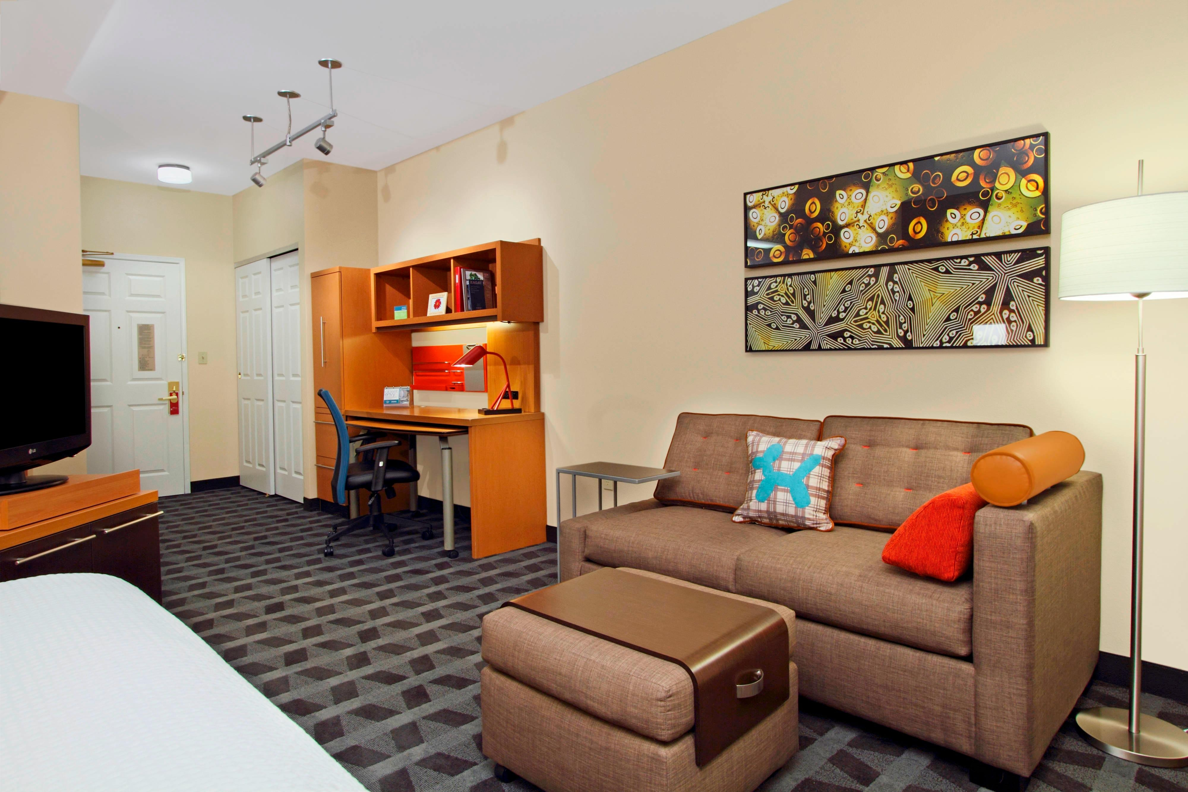 Appart h tel towneplace suites redwood city redwood shores for Appart hotel plaisir