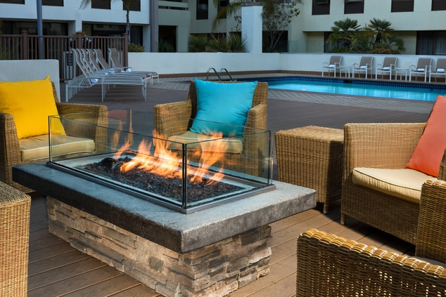 Outdoor Living Rooms with Fire Pits