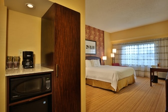Guest Room – Amenities