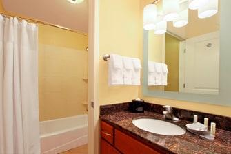 TPS St. George, Utah - Suite Bathroom