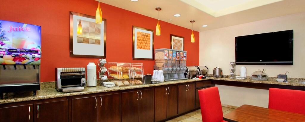 TPS St. George, Utah - Complimentary Breakfast Buffet