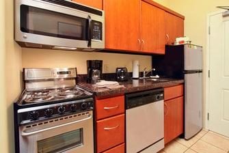 TPS St. George, Utah Studio Queen/Queen Suite Kitchen