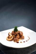 「Wan Li Restaurant」-黒胡椒とガーリックの牛サイコロステーキソテー