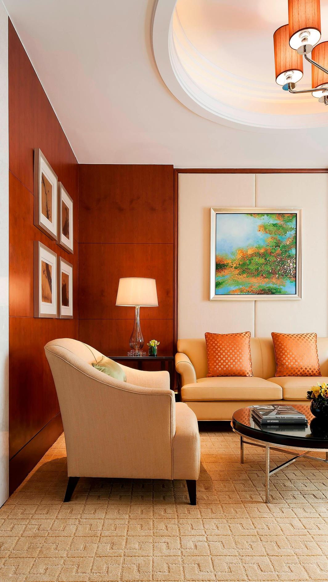 Shanghai hotel suite