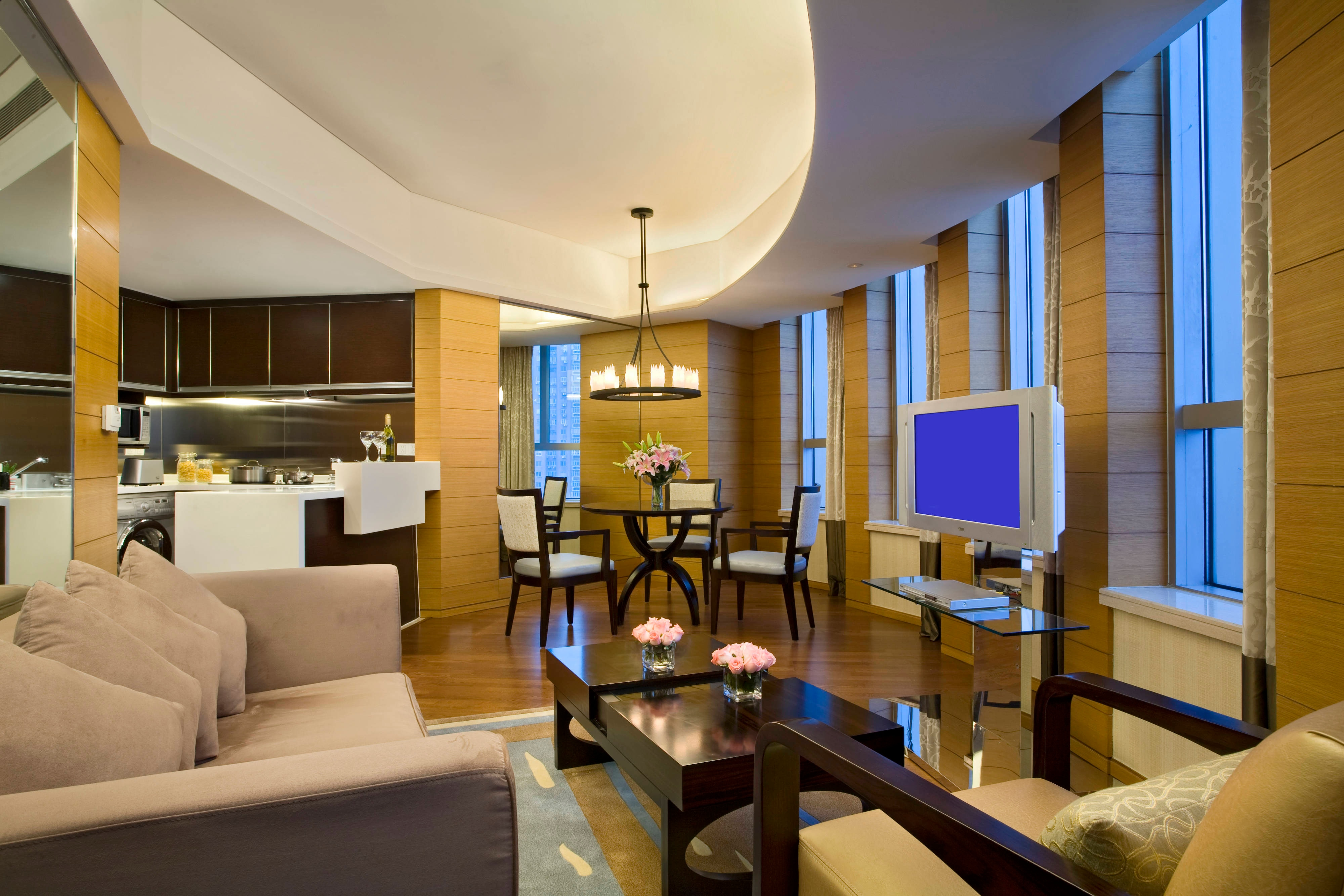 Residence - Preferred Suite - Living Room