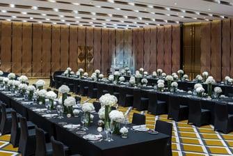 宏伟厅 - 宴会长桌布置