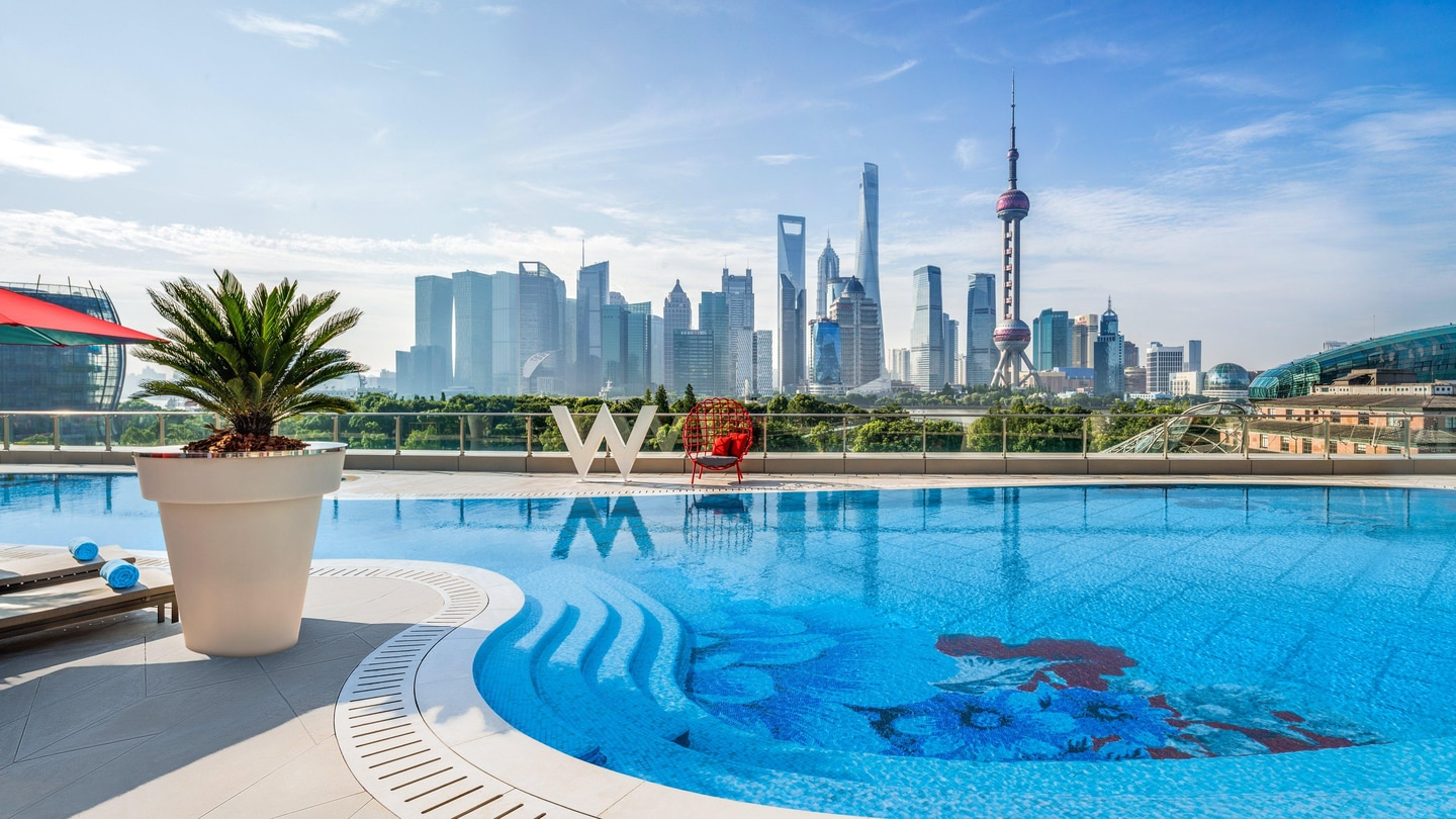 WET® Outdoor Pool