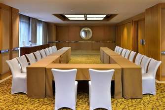 Emerald Meeting Room U-Shape style