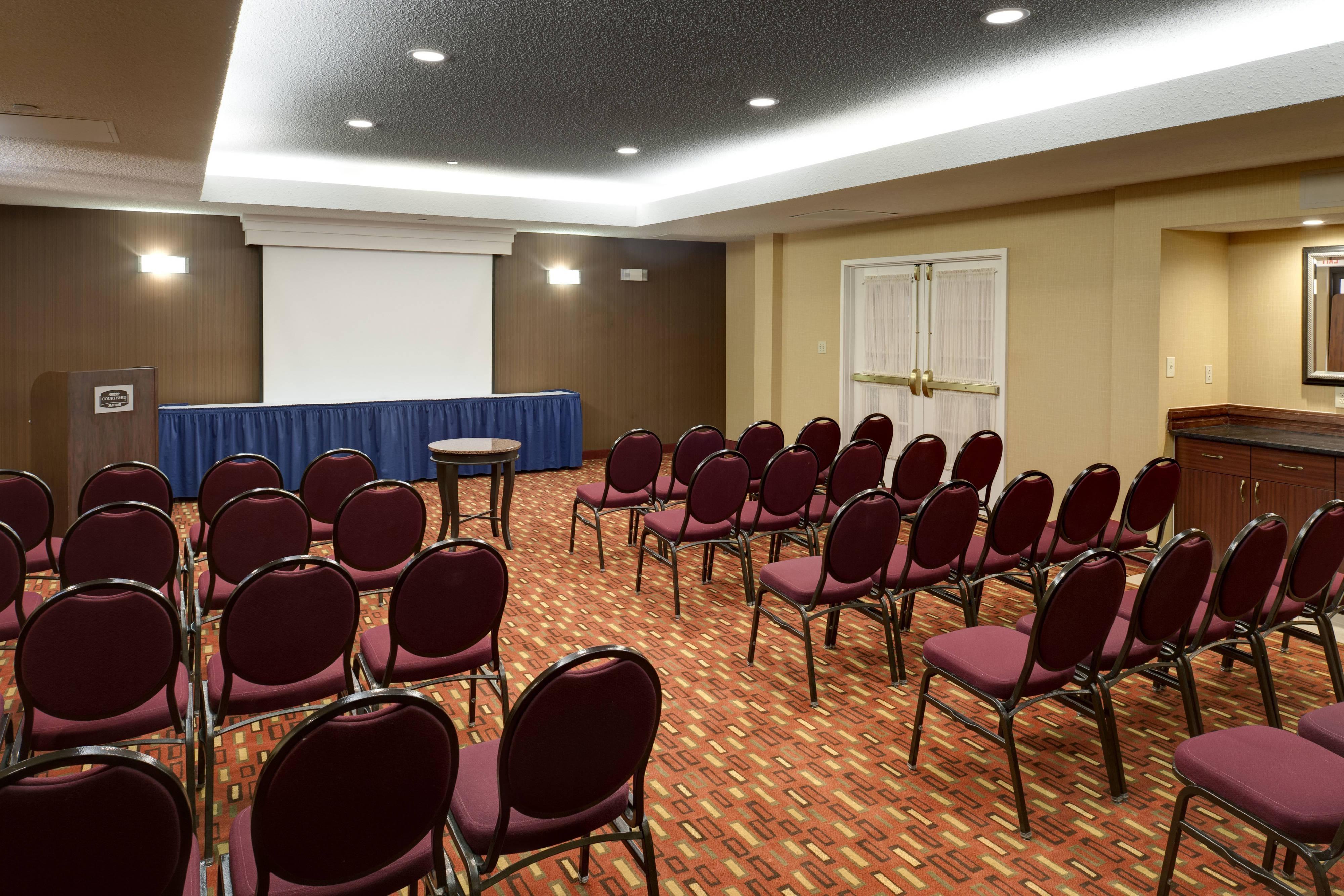 Meeting Room – Harrisonburg, VA hotels