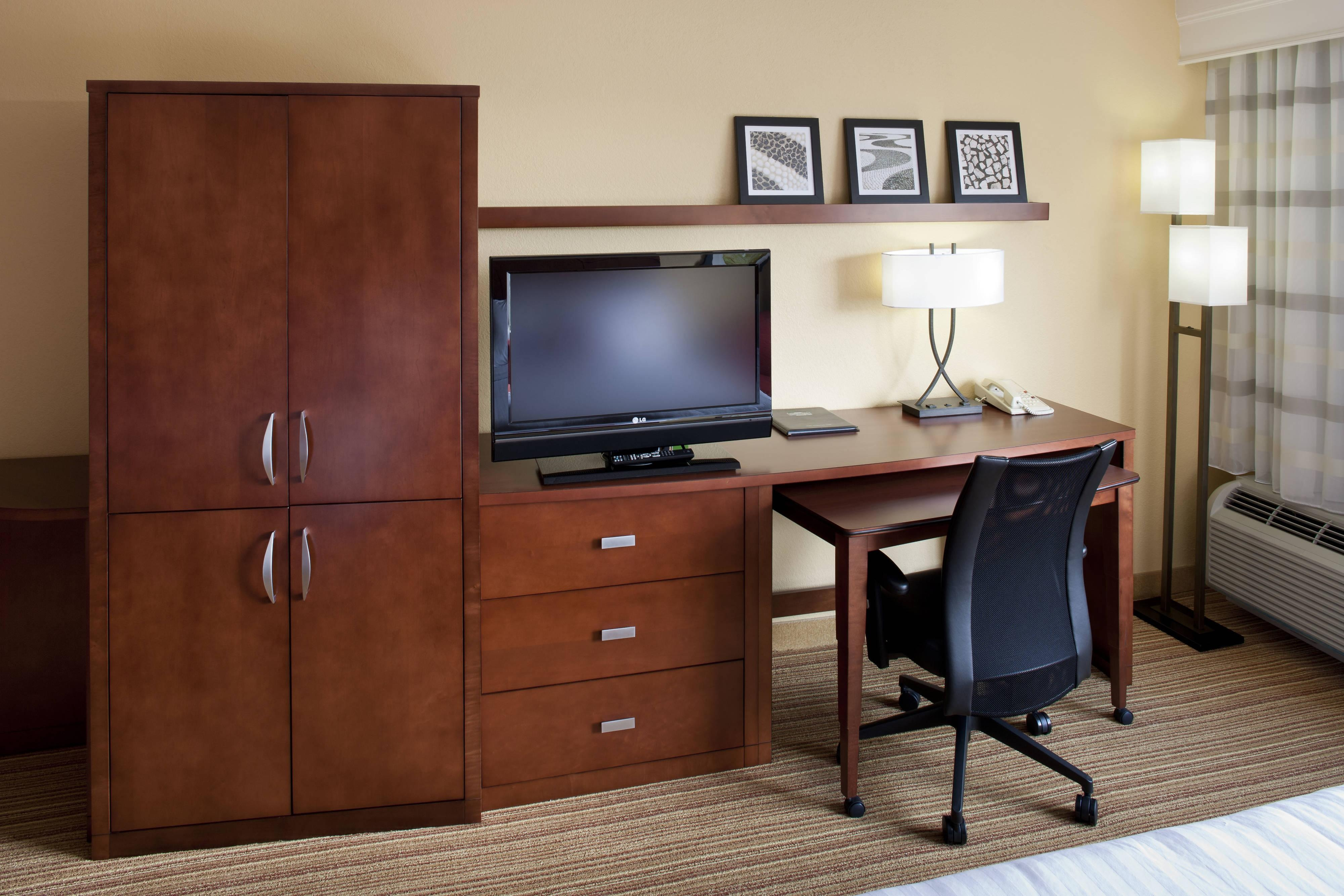 Work Desk – Harrisonburg, VA hotels