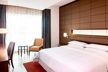 Классический номер с двуспальной кроватью (King)