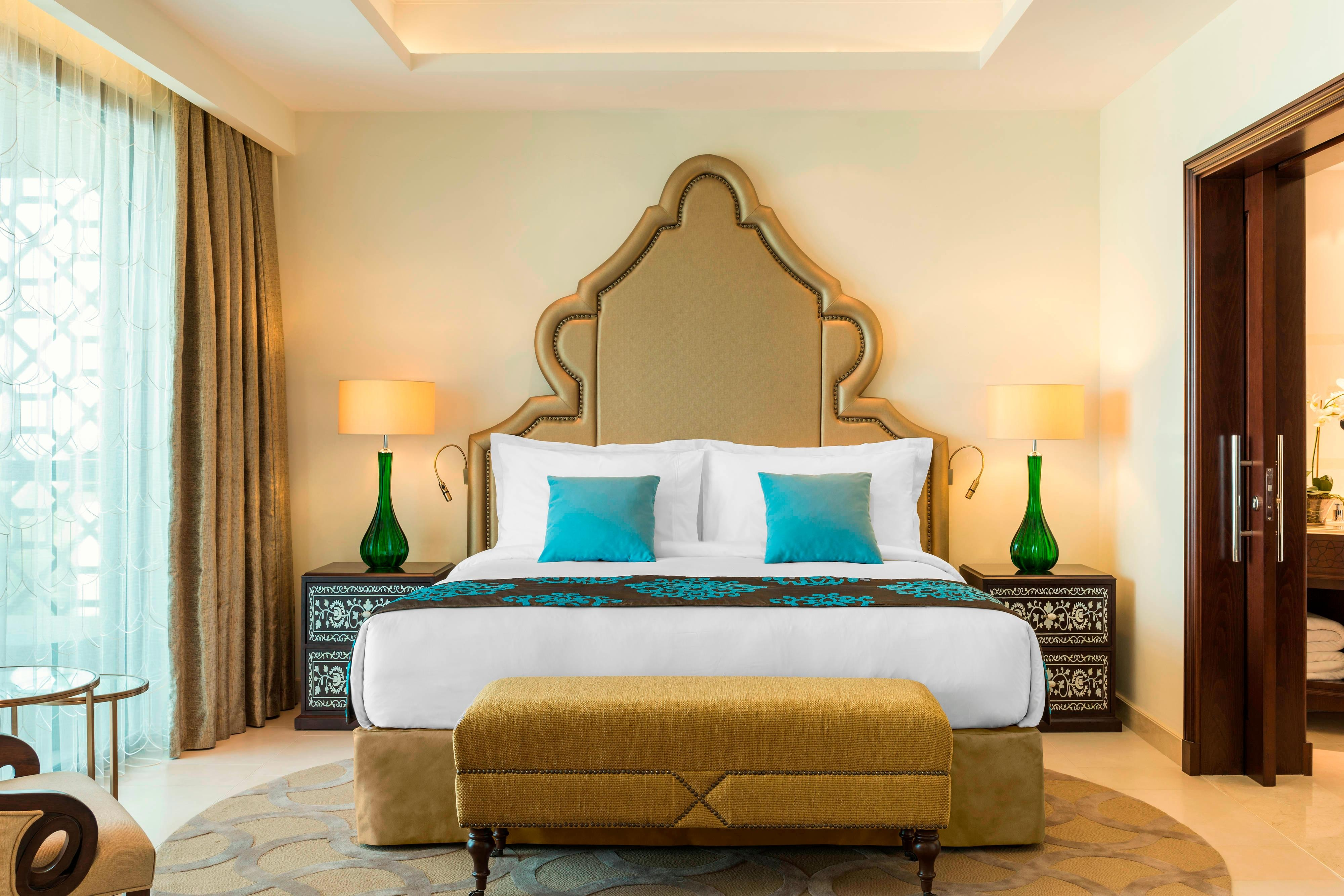 Al Dana Suite - Bedroom
