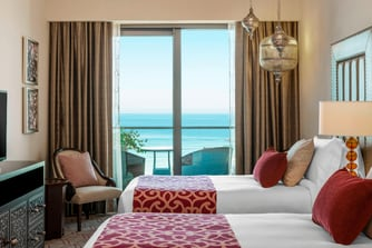 Deluxe Room Sea View Twin Beds