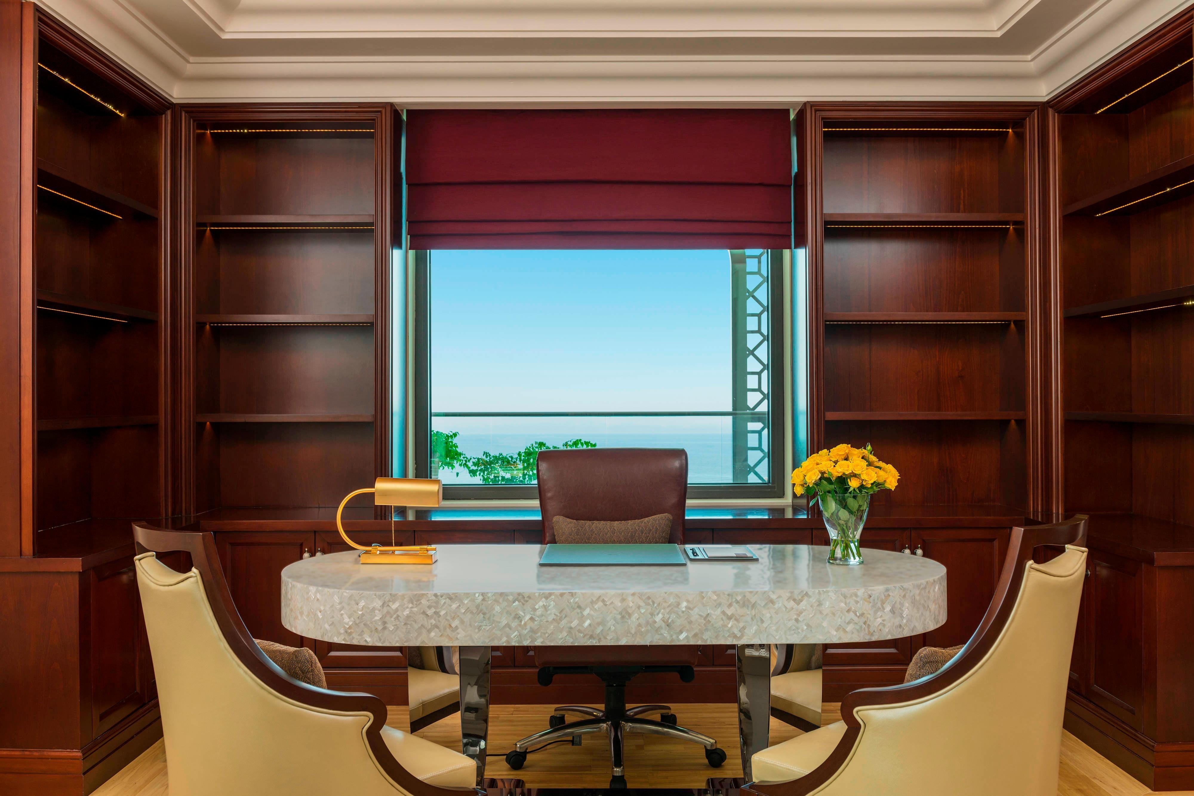 Royal Suite - Bureau