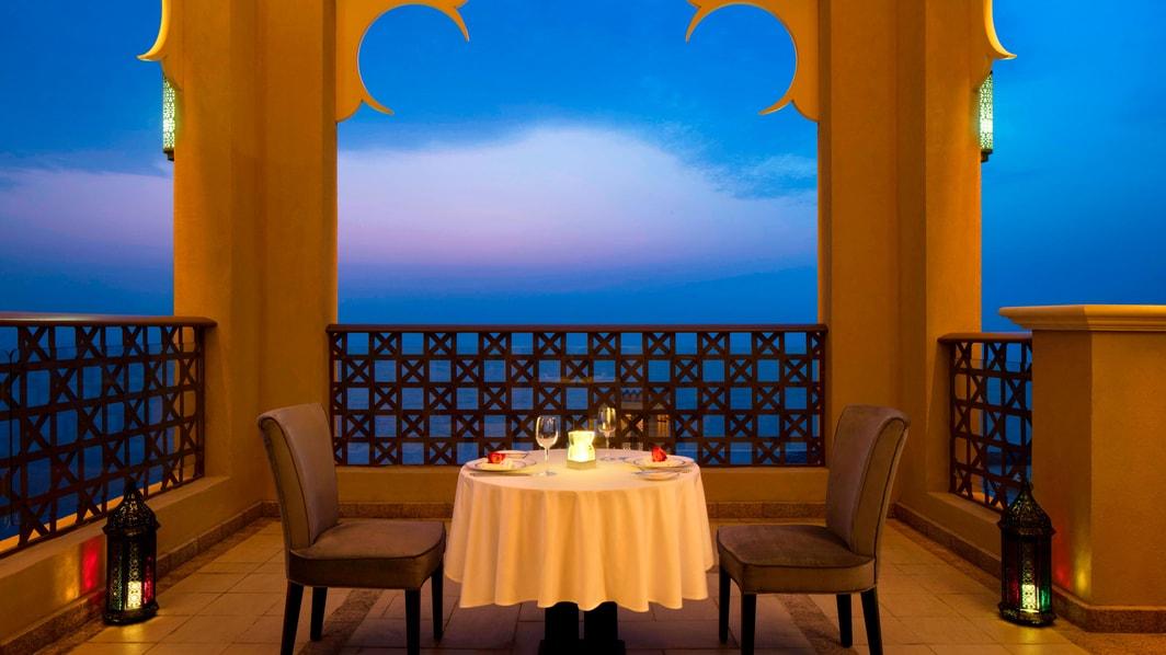 Suíte Emirati - Refeições no terraço