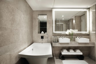 Luxury Singapore hotel bathroom