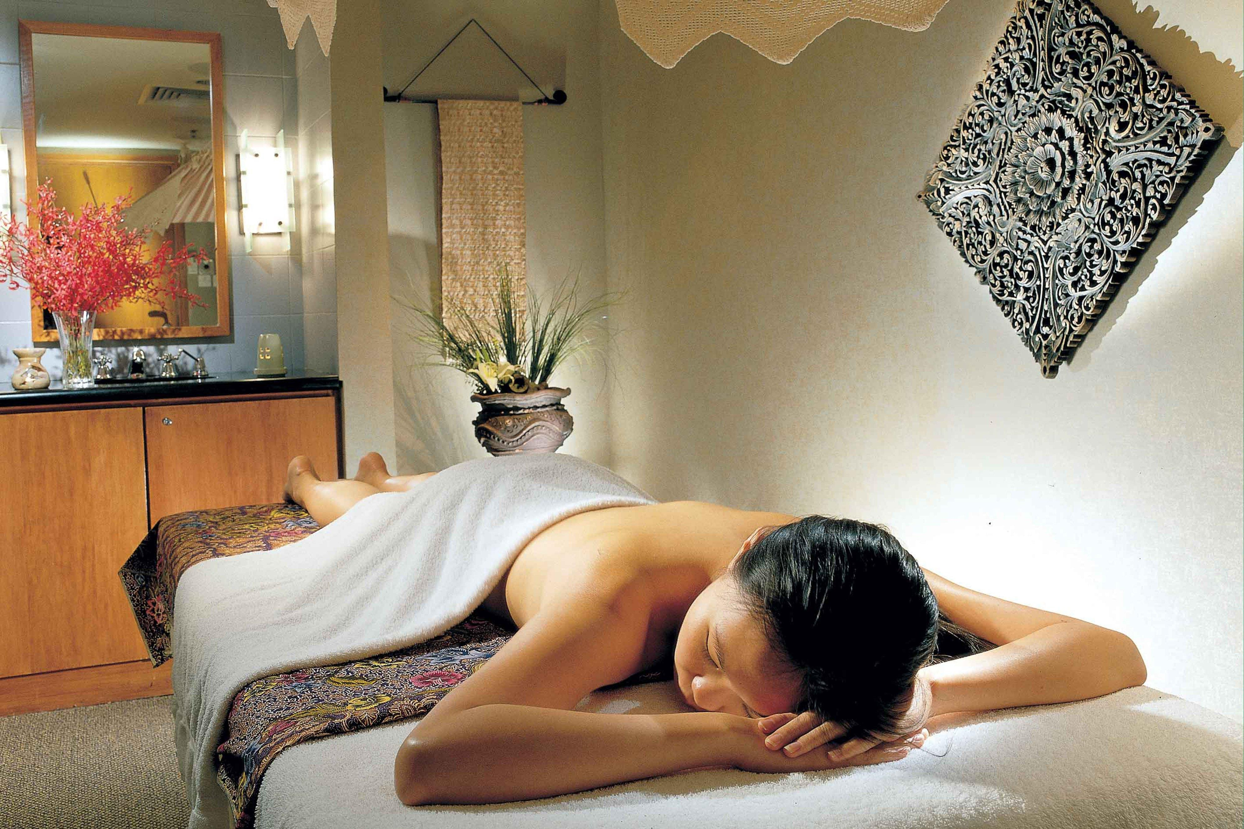 Spa in Singapore luxury hotel