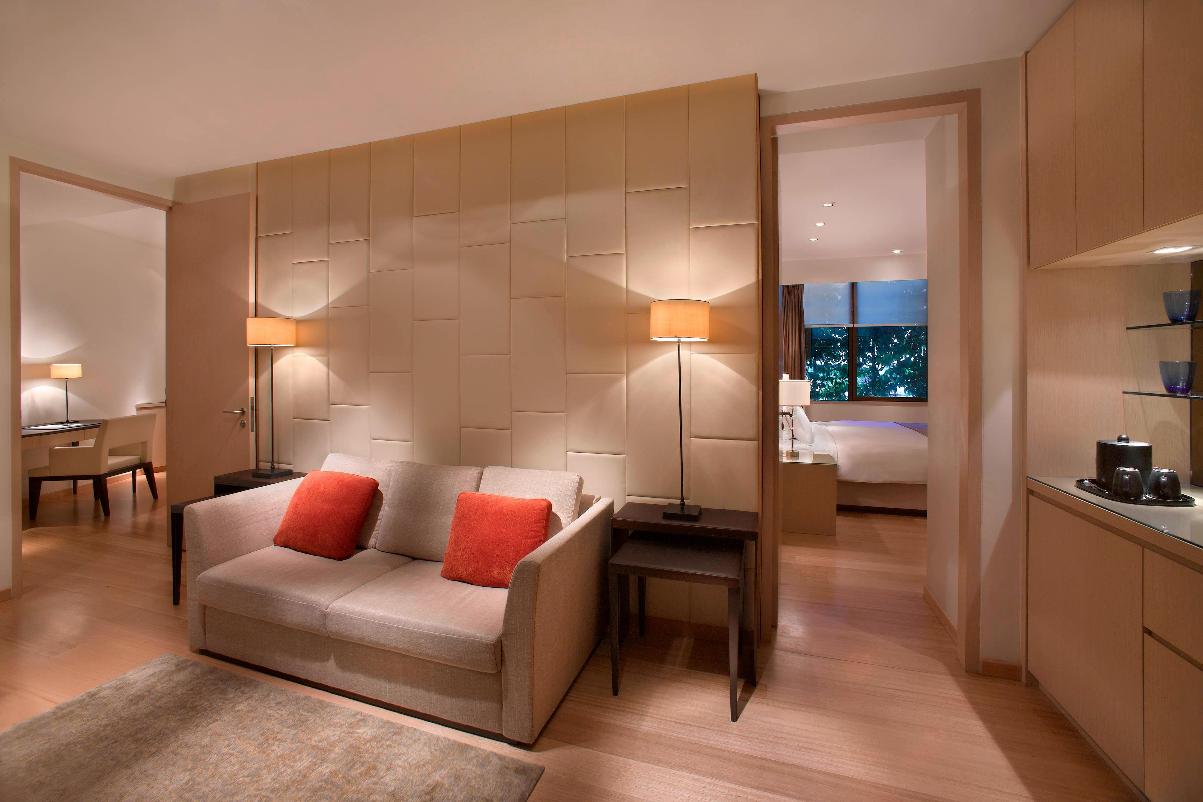Singapore Orchard Road hotel suite