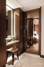 Singapore luxury hotel guest bathroom