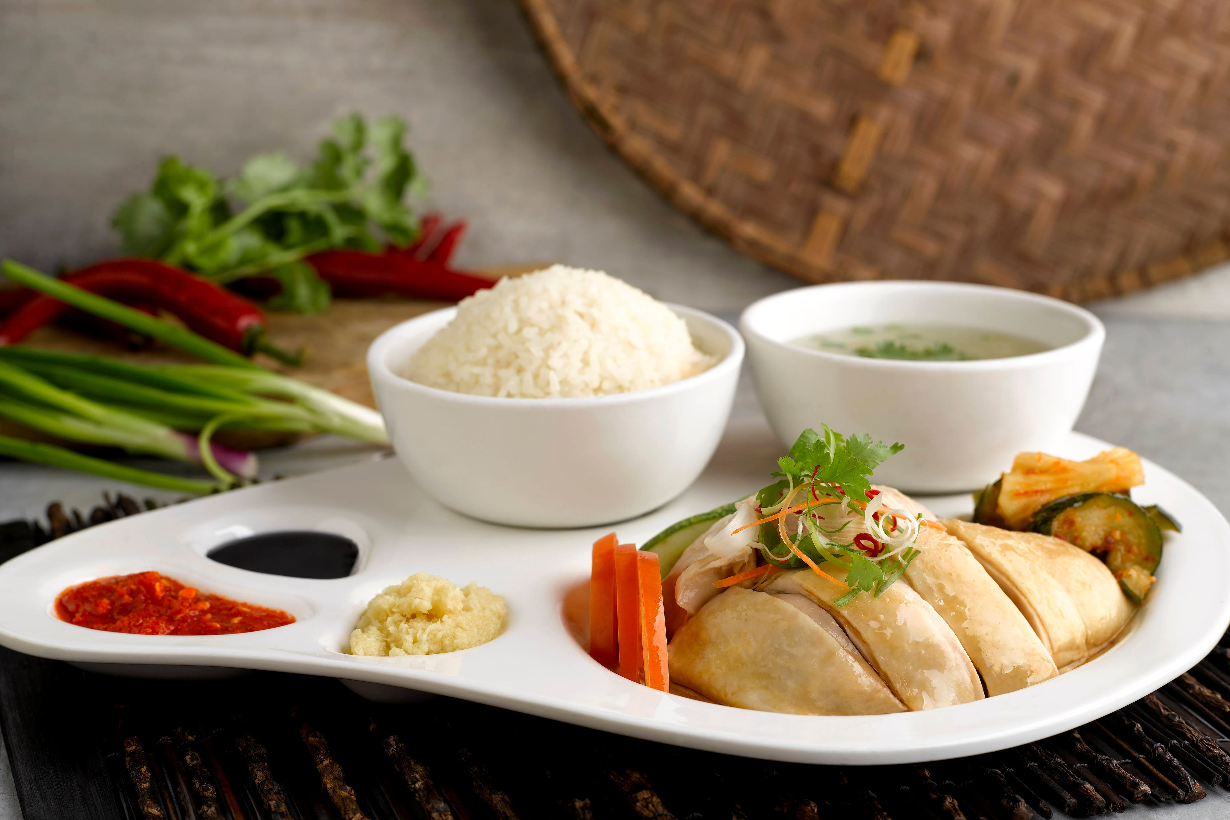 Four Points Eatery - Hainanese Chicken Rice
