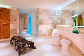 AWAY Spa - Bathroom